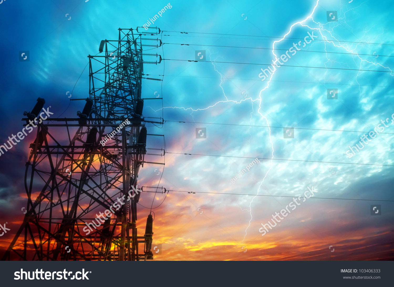 闪电在发电厂-工业,自然-海洛创意(hellorf)-中国独家