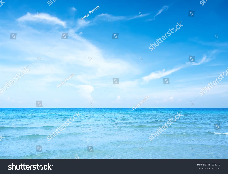 蓝色的天空和海洋背景-背景/素材