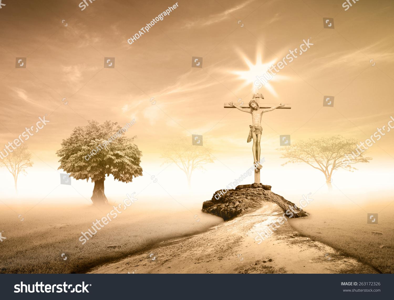 耶稣在十字架上日落的背景.