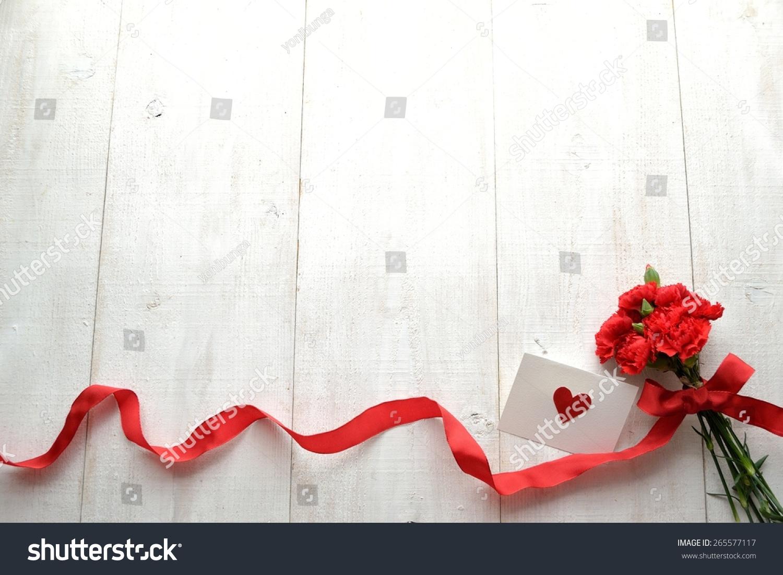 红色康乃馨花束心脏信息卡-假期-海洛创意(hellorf)-.图片