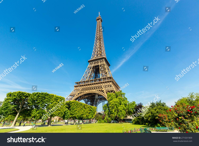 埃菲尔铁塔蓝天,法国巴黎-建筑物/地标