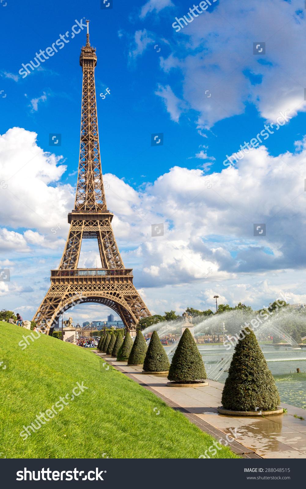 埃菲尔铁塔在法国和最著名的名胜之一的巴黎的象征