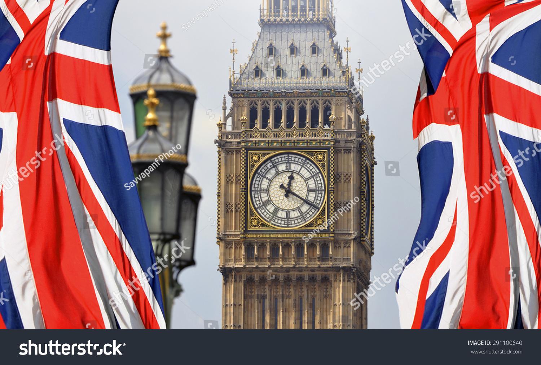 大本钟在伦敦和英国国旗