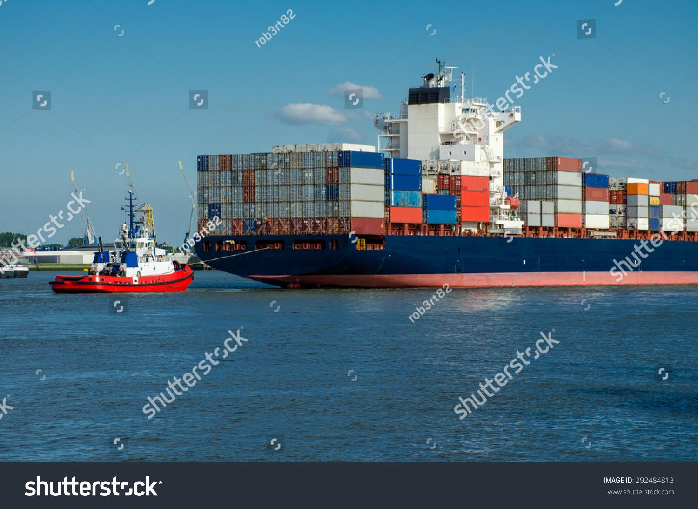 荷兰鹿特丹港的集装箱船-交通运输-海洛创意(hellorf)