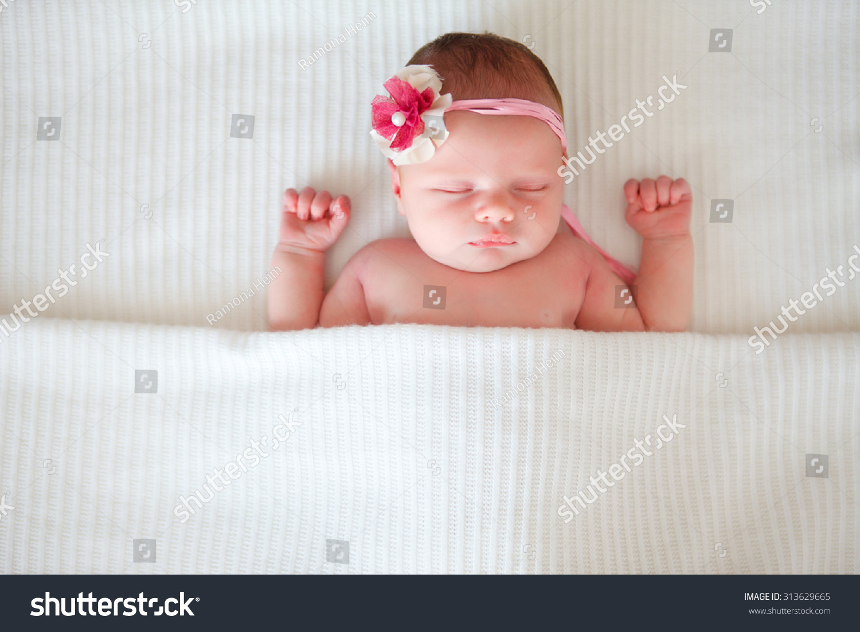可爱宝宝图片屏保