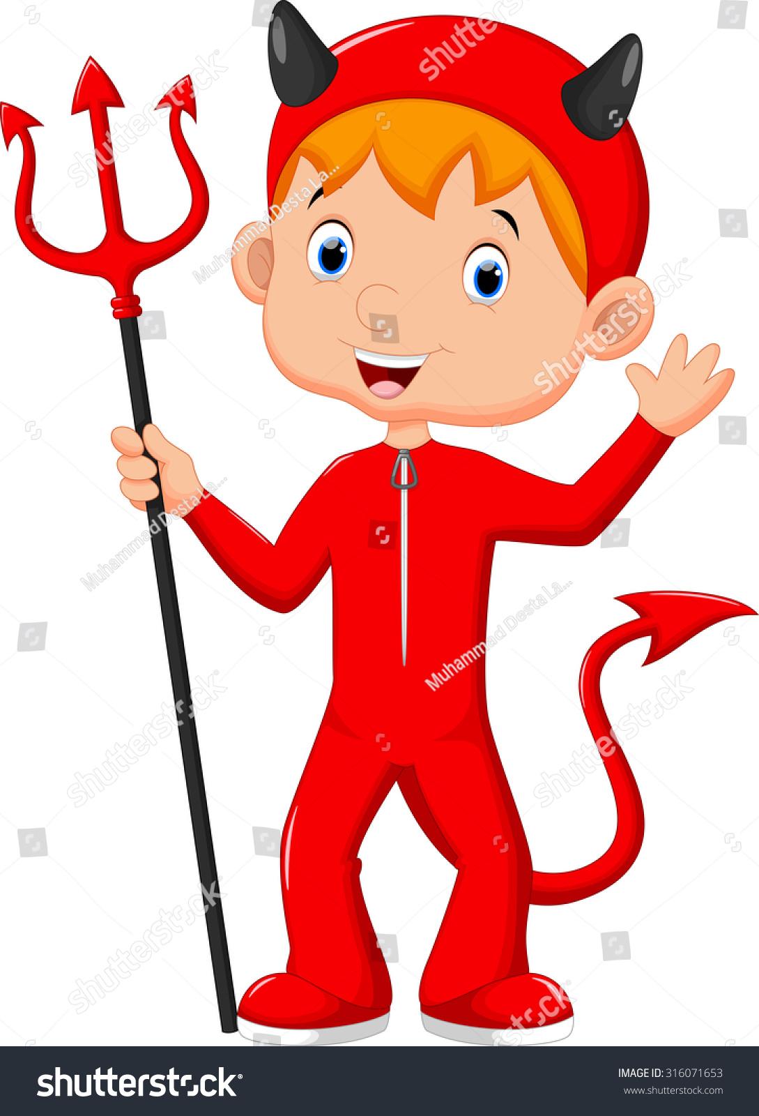 可爱的小男孩穿着一件红魔鬼服装-假期
