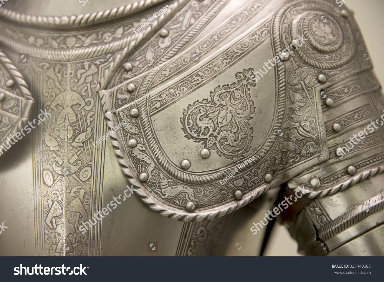 详细的欧洲中世纪的盔甲-复古风格-海洛创意(hellorf)图片