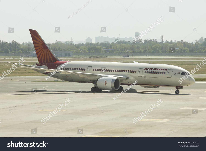 印度德里——4月25日,2015年。印度航空在德里机场om 787 Dreamliner飞机降落后终端。 - 交通运输 - 站酷海洛创意正版图片,视频,音乐素材交易平台 - Shutterstock中国独家合作伙伴 - 站酷旗下品牌